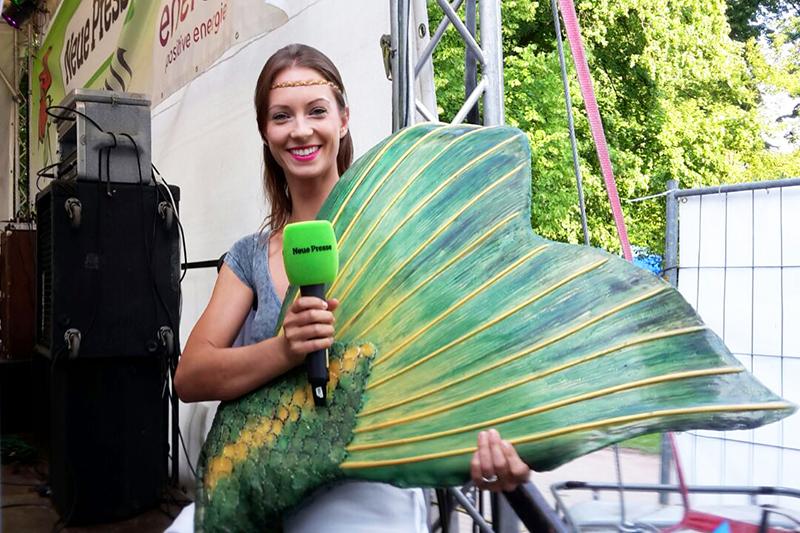 Professionelle Meerjungfrau Kat im Interview