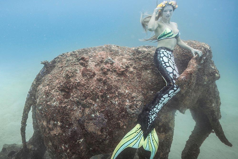 Unterwassermodel, Stuntfrau und Meerjungfrau Katrin Gray