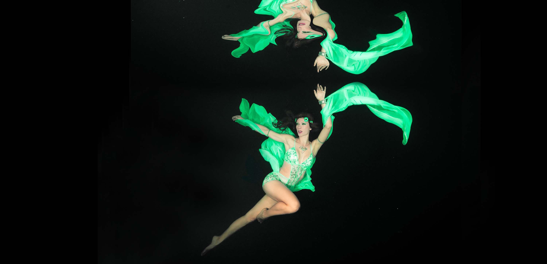 Katrin Gray arbeitet als internationales Unterwassermodel