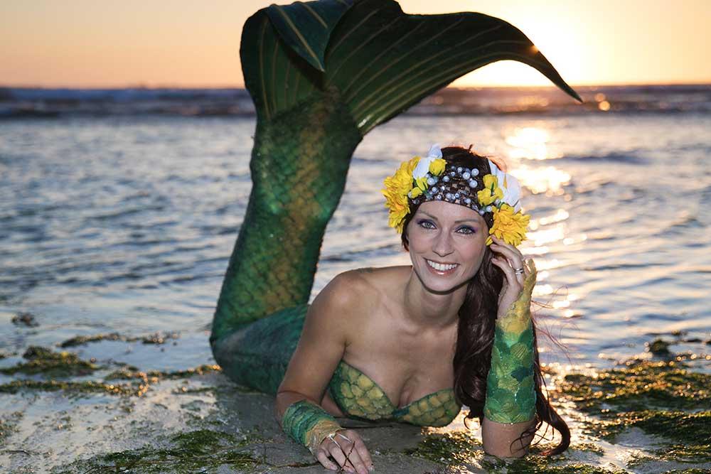 Meerjungfrauen Fotoshooting am Strand - Meerjungfrauenmodel