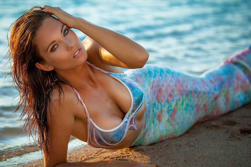Sexy Meerjungfrauen Fotoshooting am Strand in Ägypten mit Mermaid Kat