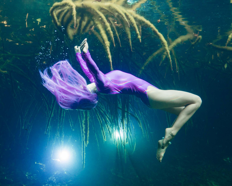 Unterwassermodel Katrin Gray beim Unterwassershooting mit Ian Gray