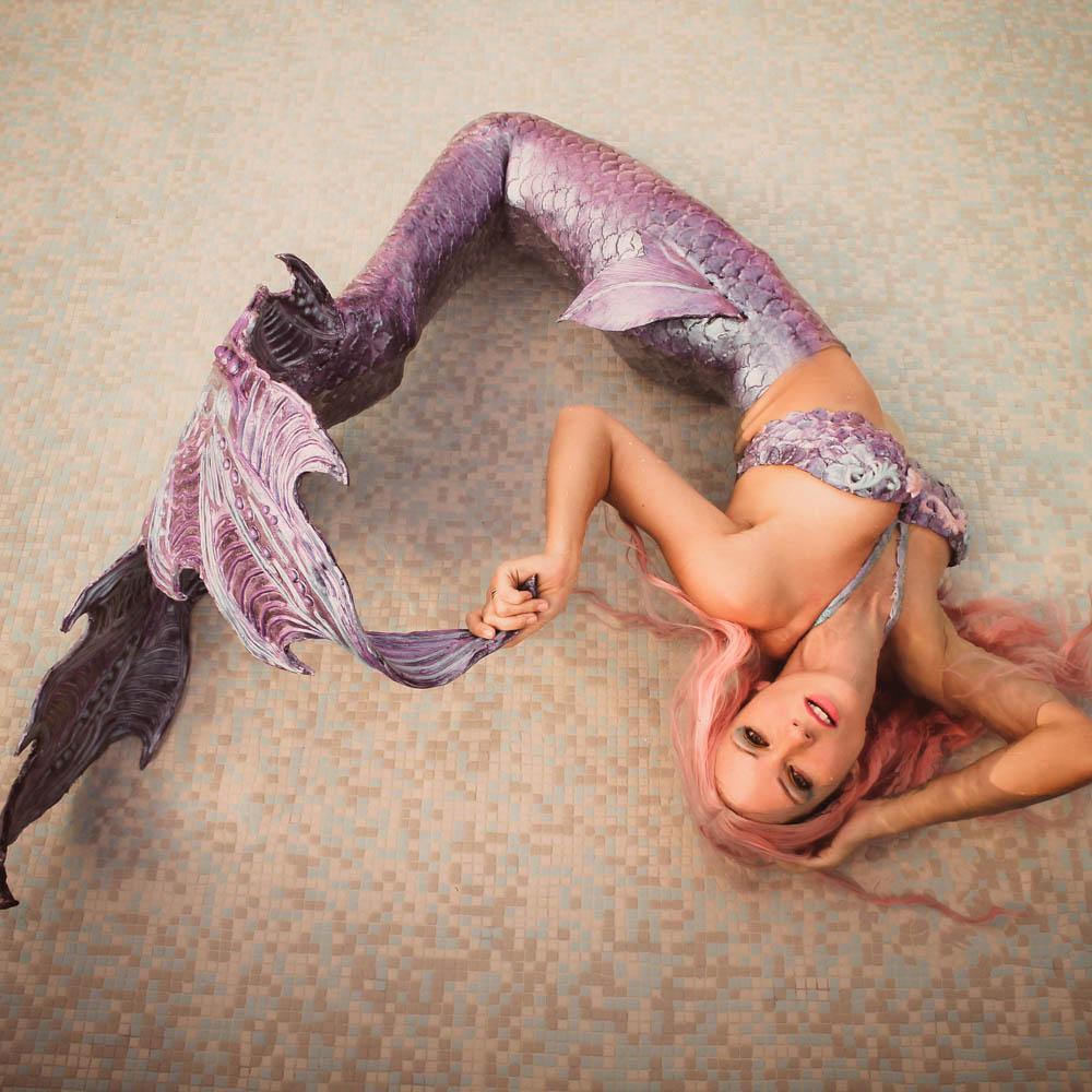 Flossen für Meerjungfrauen, Nixen und Wassermänner im Mermaid Kat Shop