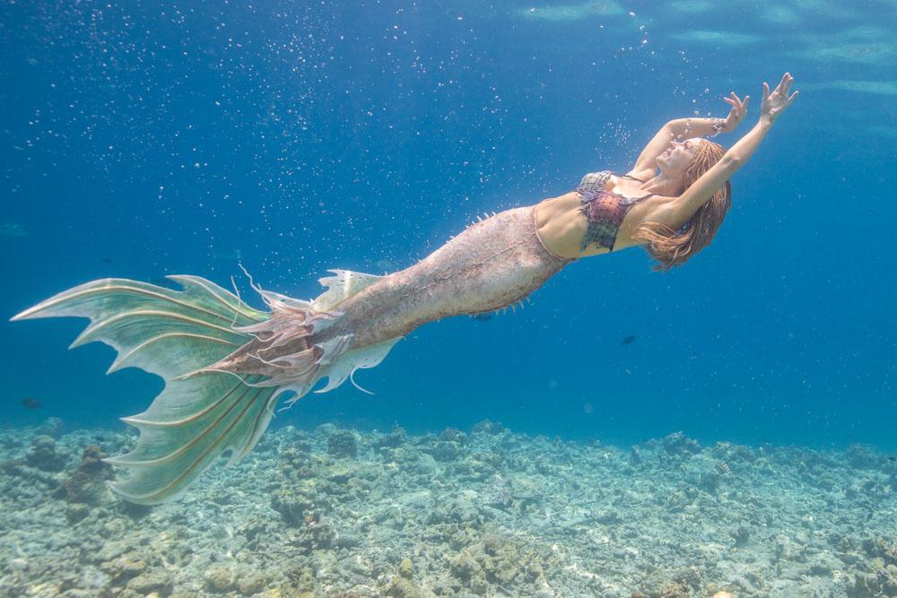 Meerjungfrau-Flosse aus Silikon im Drachen-Design
