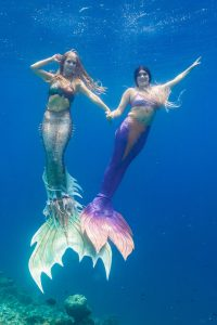 Internationale Meerjungfrauenreisen mit Mermaid Kat