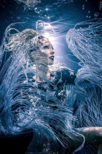 Fashionshooting unter Wasser - Unterwassermodelshooting mit Katrin Gray
