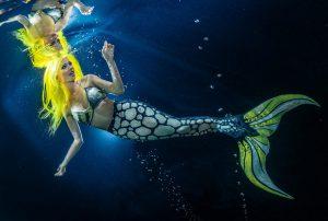 Meerjungfrau beim Unterwassershooting - Mermaid Kat bei RTL Nord