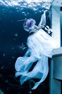 Unterwassermodelshooting mit Mermaid Kat und Konstantin Killer im TODI in Belgien
